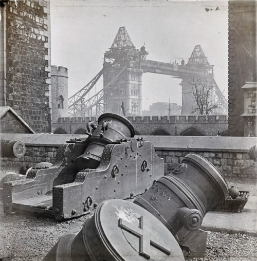 completing the tower bridge 1893