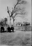 Three gentlemen pass the time on a park bench in San Jacinto Plaza, El Paso, Tex., 1906. (Courtesy of the National Archives)