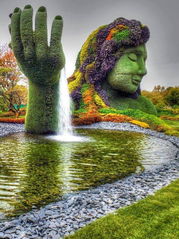 Amazing Topiary Art Michael Bradley Time Traveler